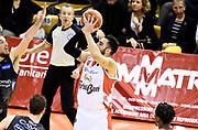 Pietro Aradori<br /> Grissin Bon Pallacanestro Reggio Emilia - Dolomiti Energia Aquila Basket Trento<br /> Lega Basket Serie A 2016/2017<br /> Reggio Emilia, 26/02/2017<br /> Foto A.Giberti / Ciamillo - Castoria