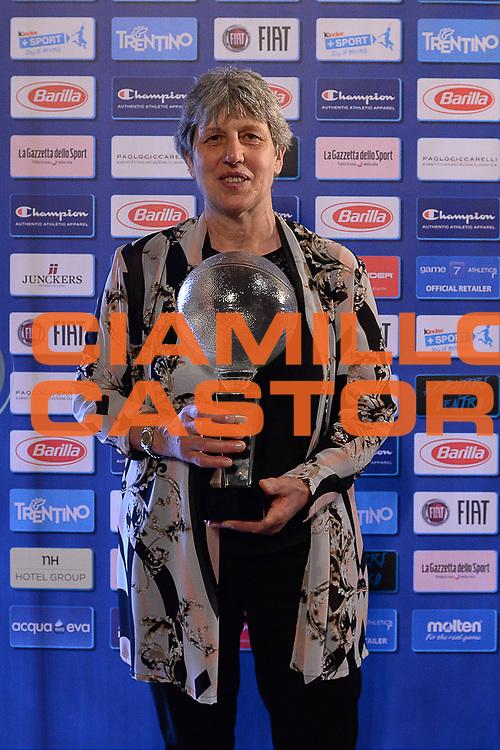 DESCRIZIONE : Bologna Basket Day Hall of Fame 2015<br /> GIOCATORE : Bianca Rossi<br /> SQUADRA : FIP Federazione Italiana Pallacanestro <br /> EVENTO : Basket Day Hall of Fame 2015<br /> GARA : Roma Basket Day Hall of Fame 2015<br /> DATA : 25/06/2016<br /> CATEGORIA : Premiazione<br /> SPORT : Pallacanestro <br /> AUTORE : Agenzia Ciamillo-Castoria/Michele Longo