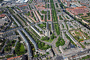 Nederland, Amsterdam, Rivierenbuurt, 12-05-2009; Victorieplein met 'de Wolkenkrabber' van architect J.F. Staal (het 12-verdiepingenhuis) en in het plantsoen beeld van architect Berlage. Naar links de Rooseveltlaan, richting Rai. Naar rechts Churchilllaan, met  aan de Ferdinand Bolstraat het Okura Hotel. Air view on the architectural design of architect Berlage and the river Amstel in the South of Amsterdam. The famous Wolkenkrabber (Scyscraper) in the centre of the design..Swart collectie, luchtfoto (toeslag); Swart Collection, aerial photo (additional fee required).foto Siebe Swart / photo Siebe Swart