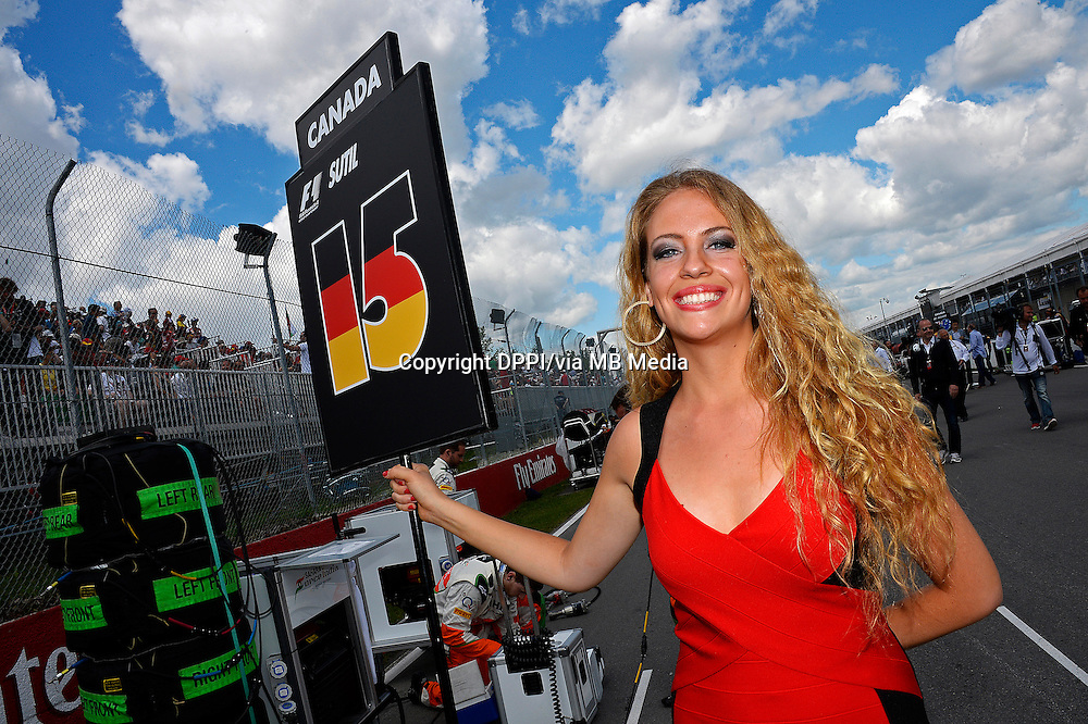 MOTORSPORT - F1 2013 - GRAND PRIX OF CANADA - MONTREAL (CAN) - 07 TO 09/06/2013 - PHOTO ERIC VARGIOLU / DPPI GIRL - GIRLS - AMBIANCE<br /> GRILLE DE DEPART - STARTING GRID