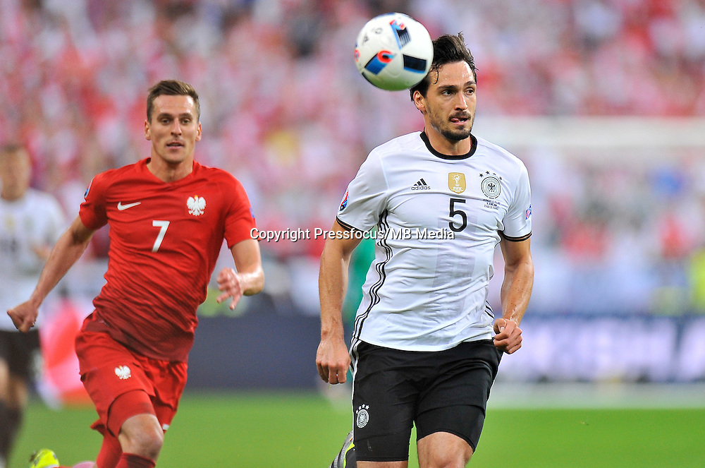 2016.06.16 Saint-Denis<br /> Pilka nozna Euro 2016<br /> mecz grupy C Polska - Niemcy<br /> N/z Mats Hummels<br /> Foto Norbert Barczyk / PressFocus<br /> <br /> 2016.06.16 Saint-Denis<br /> Football UEFA Euro 2016 group C game between Poland and Germany<br /> Mats Hummels<br /> Credit: Norbert Barczyk / PressFocus