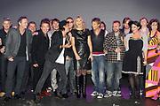 EDISON POP AWARDS 2010 in  het World Trade Center, Rotterdam <br /> <br /> op de foto:  Prinses Maxima met de Prijswinnaars van de Edsion POP 2010