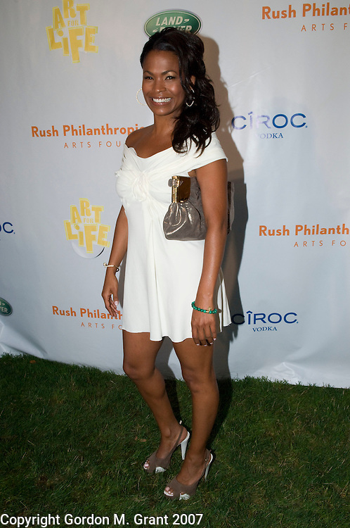 East Hampton, NY - 7/28/07 - Actress Nia Long at the Art For Life East Hampton 2007 fundraiser for the Rush Philanthropic Arts Foundation, held at Russell Simmons house in East Hampton, NY July 28, 2007.      (Photo by Gordon M. Grant)