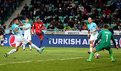 Danny Rose of England has a shot on goal - Mandatory by-line: Robbie Stephenson/JMP - 11/10/2016 - FOOTBALL - RSC Stozice - Ljubljana, England - Slovenia v England - World Cup European Qualifier