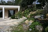 Mediterranean Garden 230