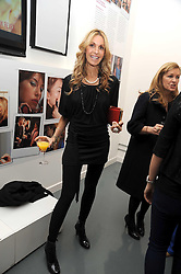 MELISSA ODABASH at a party to celebrate the launch of the Bobbi Brown Makeup Manual held at the Getty Images Gallery, 46 Eastcastle Street, London W1 on 29th January 2009.