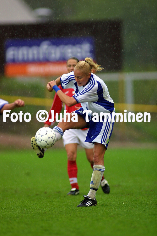 05.05.2002, Pohjola Stadion, Vantaa, Finland..FIFA Women's World Cup qualifying match, Finland v Switzerland..Minna Mustonen - Finland.©Juha Tamminen
