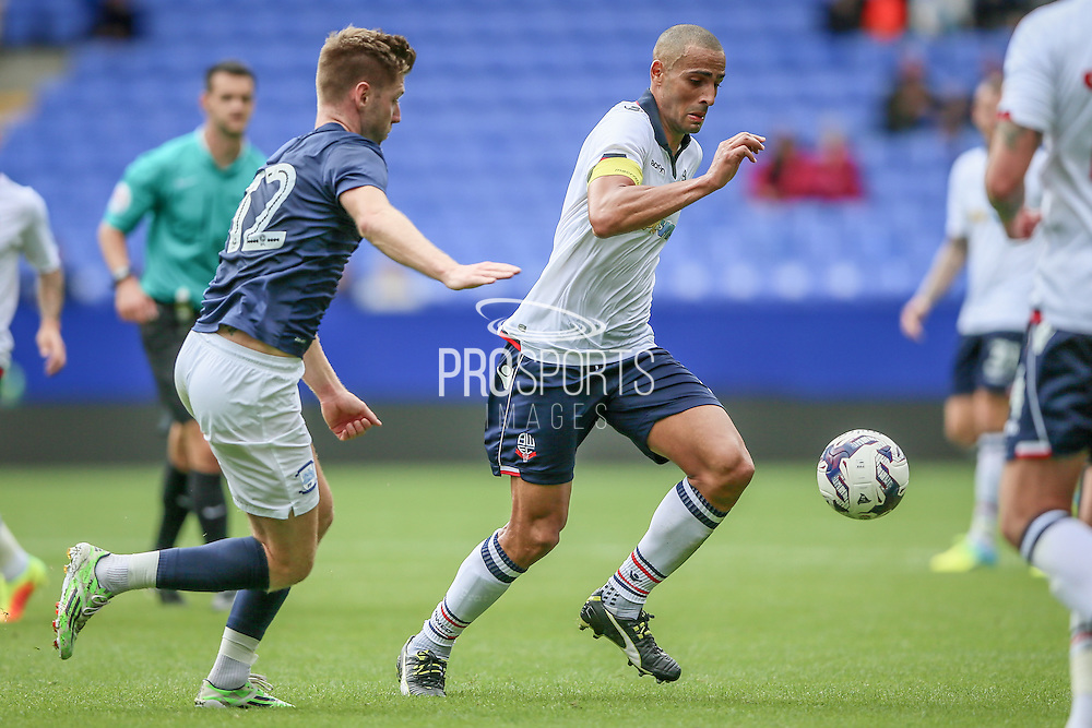 Darren Pratley (Bolton Wanderers) and Paul Gallagher (Preston North End) during the Pre-Season Friendly match between Bolton Wanderers and Preston North End at the Macron Stadium, Bolton, England on 30 July 2016. Photo by Mark P Doherty.