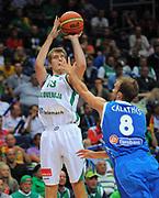 DESCRIZIONE : Vilnius Lithuania Lituania Eurobasket Men 2011 Second Round Slovenia Grecia Slovenia Greece<br /> GIOCATORE : Zoran Dragic <br /> SQUADRA : Slovenia<br /> EVENTO : Eurobasket Men 2011<br /> GARA : Slovenia Grecia Slovenia Greece<br /> DATA : 08/09/2011 <br /> CATEGORIA : tiro shot<br /> SPORT : Pallacanestro <br /> AUTORE : Agenzia Ciamillo-Castoria/T.Wiendesohler<br /> Galleria : Eurobasket Men 2011 <br /> Fotonotizia : Vilnius Lithuania Lituania Eurobasket Men 2011 Second Round Slovenia Grecia Slovenia Greece<br /> Predefinita :