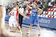 DESCRIZIONE : Valmiera Latvia Lettonia Eurobasket Women 2009 Italia Bielorussia Italy Belarus<br /> GIOCATORE : Raffaella Masciadri<br /> SQUADRA : Italia Italy<br /> EVENTO : Eurobasket Women 2009 Campionati Europei Donne 2009 <br /> GARA :  Italia Bielorussia Italy Belarus<br /> DATA : 09/06/2009 <br /> CATEGORIA : palleggio<br /> SPORT : Pallacanestro <br /> AUTORE : Agenzia Ciamillo-Castoria/E.Castoria
