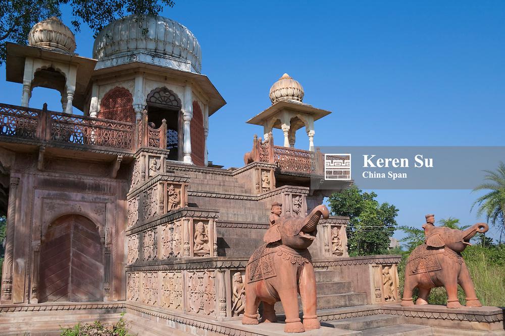 Elephant sculpture in Hotel Prithvi Vilas Palace