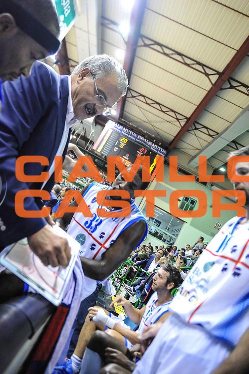 DESCRIZIONE : Eurocup 2013/14 Gir. B Dinamo Banco di Sardegna Sassari - Elan Chalon sur Saone<br /> GIOCATORE : Romeo Sacchetti<br /> CATEGORIA : Allenatore Coach<br /> SQUADRA : Dinamo Banco di Sardegna Sassari<br /> EVENTO : Eurocup 2013/2014<br /> GARA : Dinamo Banco di Sardegna Sassari - Elan Chalon sur Saone<br /> DATA : 29/10/2013<br /> SPORT : Pallacanestro <br /> AUTORE : Agenzia Ciamillo-Castoria / Luigi Canu<br /> Galleria : Eurocup 2013/2014<br /> Fotonotizia : Eurocup 2013/14 Gir. B Dinamo Banco di Sardegna Sassari - Elan Chalon sur Saone<br /> Predefinita :