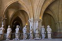 France, Cher (18), Bourges, cathédrale Saint-Etienne de Bourges, site classé Patrimoine mondial de l'UNESCO, la crypte // France, Cher (18), Bourges, St Etienne cathedral, UNESCO world heritage, the crypt