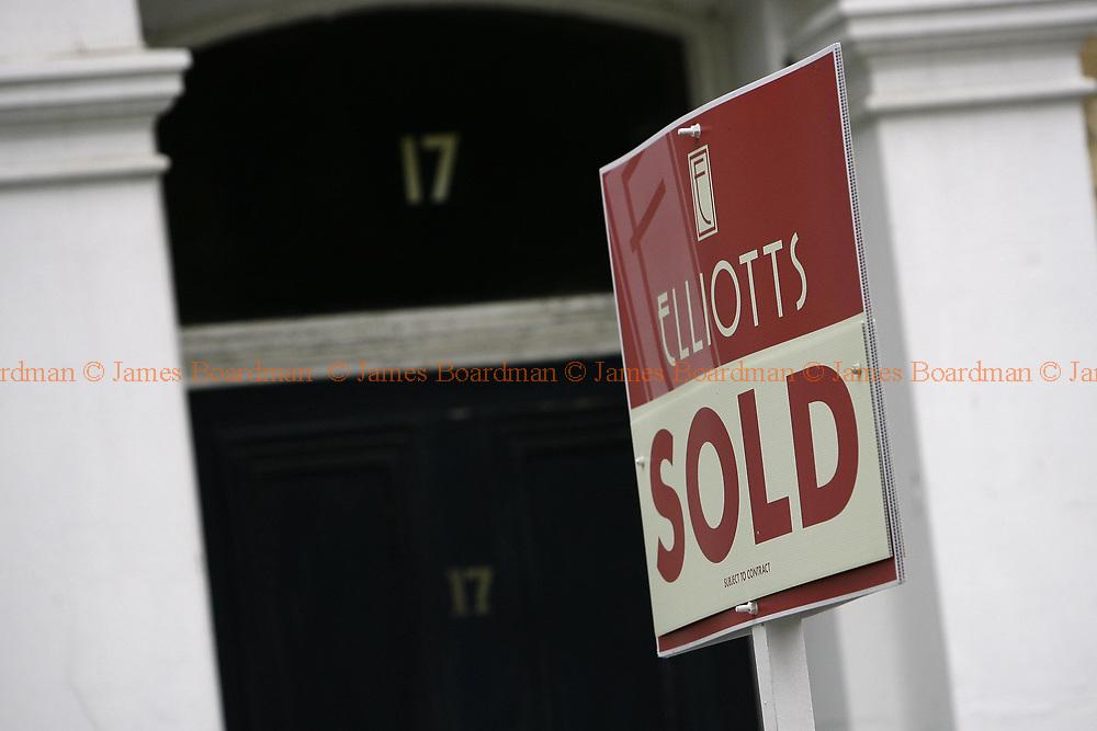 JAMES BOARDMAN / 07967642437 - 01444 412089 <br />Estate agents boards in Hove, East Sussex