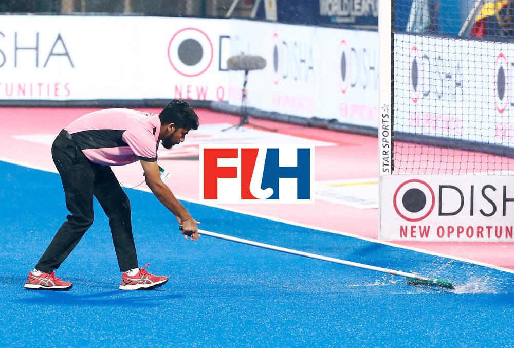 Odisha Men's Hockey World League Final Bhubaneswar 2017<br /> Match id:17<br /> England v Netherlands <br /> Foto: Bad weather in India<br /> COPYRIGHT WORLDSPORTPICS KOEN SUYK