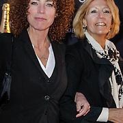 NLD/Amsterdam/20120404 - Opening filmmuseum Eye, Antoinette Beumer en haar moeder