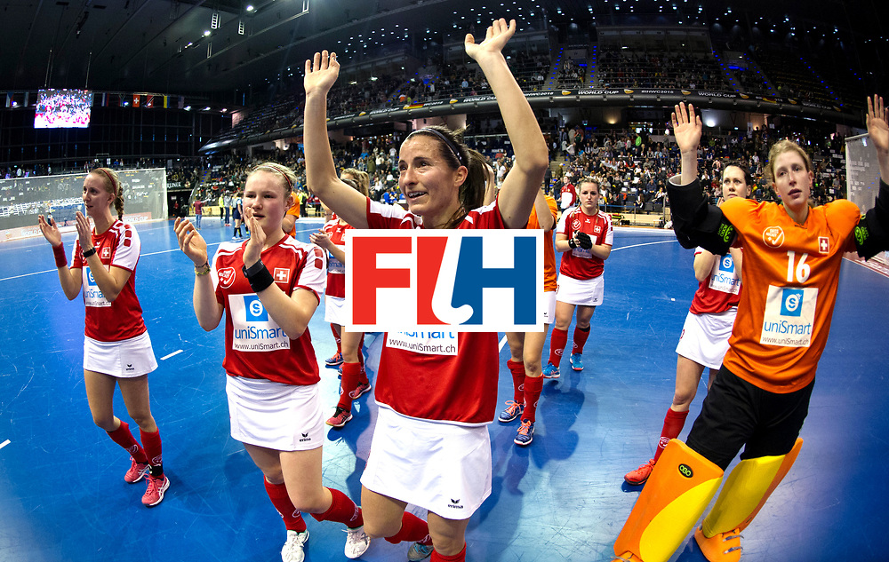 BERLIN - Indoor Hockey World Cup<br /> Quarterfinal 2: Ukraine - Switzerland<br /> foto: Switzerland thank the crowd.<br /> WORLDSPORTPICS COPYRIGHT FRANK UIJLENBROEK