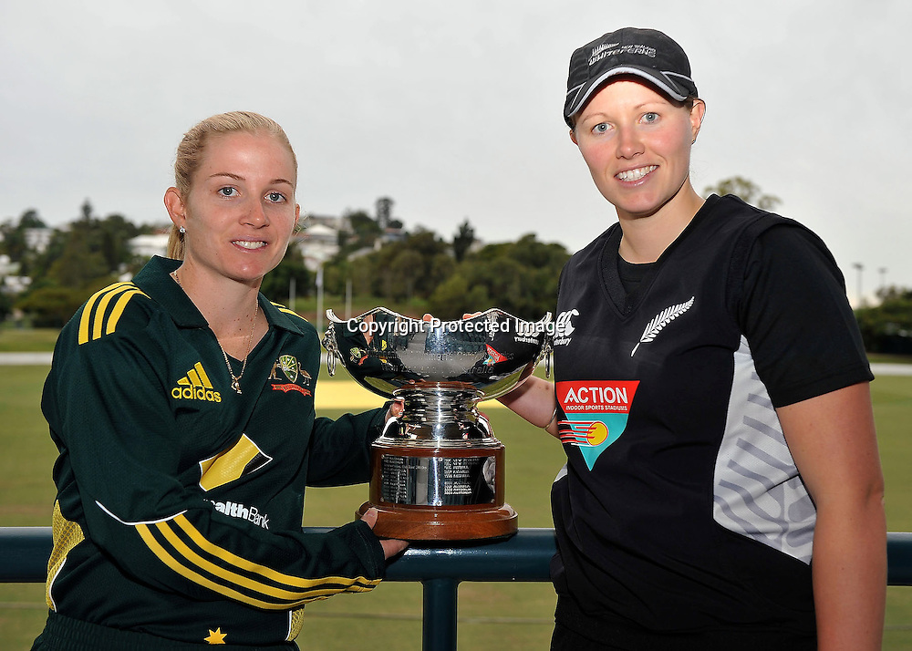 Jodie Fields and Aimee Watkins hold the Rose Bowl Trophy on the eve of the 1st of 3 One Day Internationals to be played at Alan Border Field in Brisbane (Australia) ~ Saturday 11May 2011 ~ Photo : Steven Hight (AURA Images) / Photosport