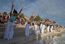20.06.2015, Zadar, CRO, Global Water Dance, ein globales Projekt das gleichzeitig in 75 Städten auf der ganzen Welt stattfindet, im Bild Tänzer bei ihrer Performance // during a global project called Global Water Dance, which were held simultaneously in 75 cities around the world Zadar, Croatia on 2015/06/20. EXPA Pictures © 2015, PhotoCredit: EXPA/ Pixsell/ Dino Stanin<br /> <br /> *****ATTENTION - for AUT, SLO, SUI, SWE, ITA, FRA only*****