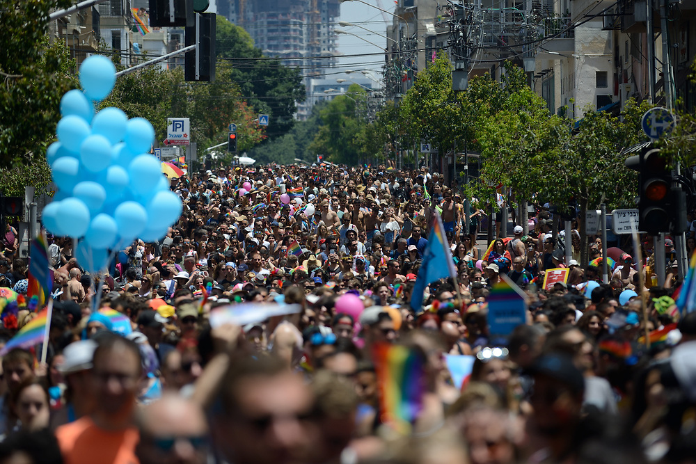 Members of the Israeli and international gay community participate the annual gay pride parade in Tel Aviv, June 09, 2017. Photo by Gili Yaari