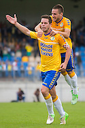 WAALWIJK, RKC Waalwijk - Vitesse, voetbal Eredivisie, seizoen 2013-2014, 11-08-2013, Mandemakers Stadion, RKC juicht, RKC Waalwijk speler Sander Duits (L) heeft de 4-2 gescoord, RKC Waalwijk speler Remy Amieux (R).