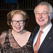 NLD/Scheveningen/20131130 - Inloop concert 200 Jaar Koningrijk der Nederlanden, Jozias van Aartsen en partner Henriette Warsen
