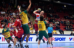14.01.2011, Himmelstalundshallen, Norrköping, SWE, IHF Handball Weltmeisterschaft 2011, Herren, Österreich vs Brasilien, im Bild, // Austria #21 Roland Schlinger takes a shot // during the IHF 2011 World Men's Handball Championship match Austria vs Brazil at Himmelstalundshallen in Norrkoping, Sweden on 14/1/2011. EXPA Pictures © 2011, PhotoCredit: EXPA/ Skycam/ Michael Buch +++++ ATTENTION - ..OUT OF SWEDEN/SWE +++++