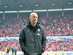 30.03.2013, Coface Arena, Mainz, GER, 1. FBL, 1. FSV Mainz 05 vs SV Werder Bremen, 27. Runde, im Bild Thomas Schaaf (Trainer Werder Bremen) auf dem Platz // during the German Bundesliga 27th round match between 1. FSV Mainz 05 and SV Werder Bremen at the Coface Arena, Mainz, Germany on 2013/03/30. EXPA Pictures © 2013, PhotoCredit: EXPA/ Andreas Gumz ***** ATTENTION - OUT OF GER *****