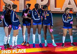 20-10-2018 JPN: Ceremony World Championship Volleyball Women day 21, Yokohama<br /> Silver medal Italy