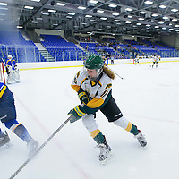 1st year forward Sam Geekie (15) of the Regina Cougars in action during the Women's Hockey Home Game on October 15 at Co-operators arena. Credit: Arthur Ward/Arthur Images