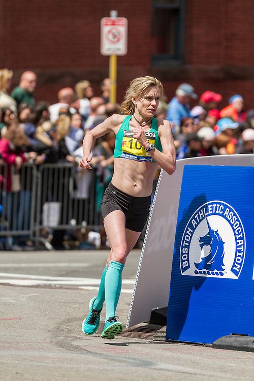 2014 Boston Marathon: turn onto Boylston Street with quarter mile to go, Kristen Barry