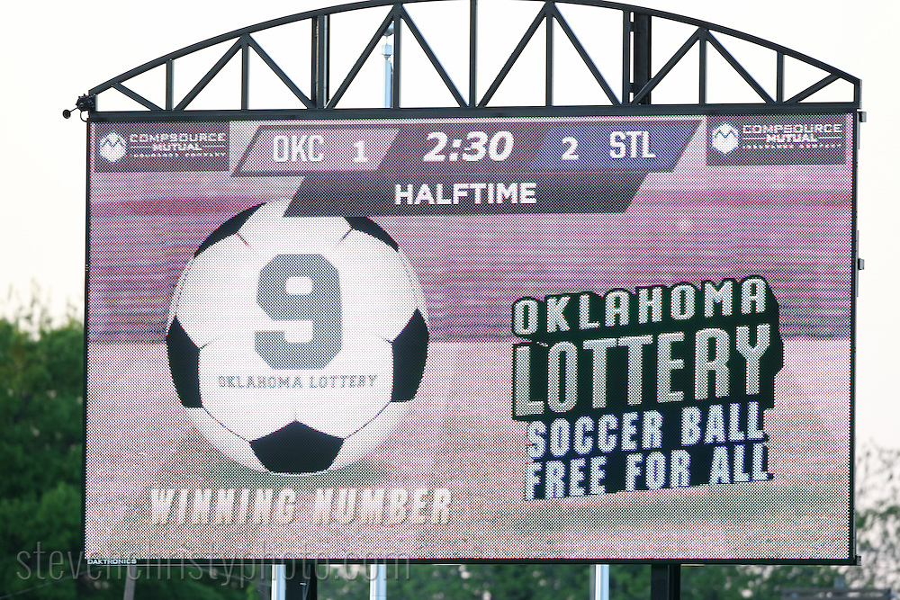 April 25, 2015: The OKC Energy FC plays Saint Louis FC in a USL Pro game at Taft Stadium in Oklahoma City, Oklahoma.