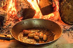 Entrevero de Pinhão é uma comida tradicional no sul do Brasil, servida durante a Festa do Pinhão. Prato reúne pinhão e diversos tipos de alimentos, como carne e bacon. FOTO: Fernando Kluwe Dias/ Agência Preview