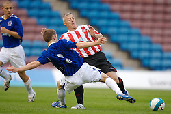Widnes, England - Tuesday, September 4, 2007: Sunderland's Graham Kavanagh and Everton's Shaun Densmore during the Premier League Reserve match at the Halton Stadium. (Photo by David Rawcliffe/Propaganda)