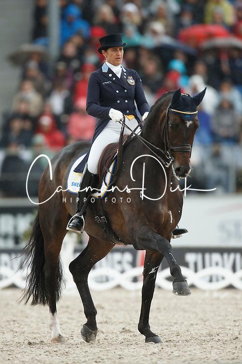 Vilhelmson Silfven Tinne, (SWE), Don Auriello<br /> Grand Prix Kur<br /> European Championships - Aachen 2015<br /> © Hippo Foto - Dirk Caremans<br /> 16/08/15
