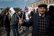 Meeting in Blois van François Hollande, kanidaat van de Partie Socialiste bij de Franse  Presidentsverkiezingen. Partijactivist.