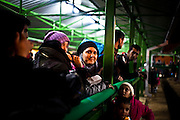 Migranti in attesa della registrazione al One Stop Centre di Presevo, Seribia   Some migrants wait for the registration in the One Stop Centre Presevo, Serbia