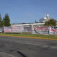 TOLUCA, México.- (Septiembre 28, 2018).- En la capital mexiquense se realizó el décimo Foro para la Pacificación y Reconciliación Nacional, Foros Escucha Estado de México, encabezados por Loretta Ortíz Ahlf, coordinadora del proceso  de pacificación del próximo gobierno de Andrés Manuel López Obrador y la Senadora Delfina Gómez, en donde se recogieron propuestas, denuncias  de organizaciones y víctimas de desapariciones forzadas, trata de personas, periodistas, defensores de derechos humanos y víctimas de migrantes. Agencia MVT / Crisanta Espinosa.
