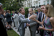 GEORDIE GREIG, LUCIAN FREUD AND DAVID DAWSON, Tatler Summer Party. The Hempel. Craven Hill Gdns. London. 25 June 2008 *** Local Caption *** -DO NOT ARCHIVE-© Copyright Photograph by Dafydd Jones. 248 Clapham Rd. London SW9 0PZ. Tel 0207 820 0771. www.dafjones.com.