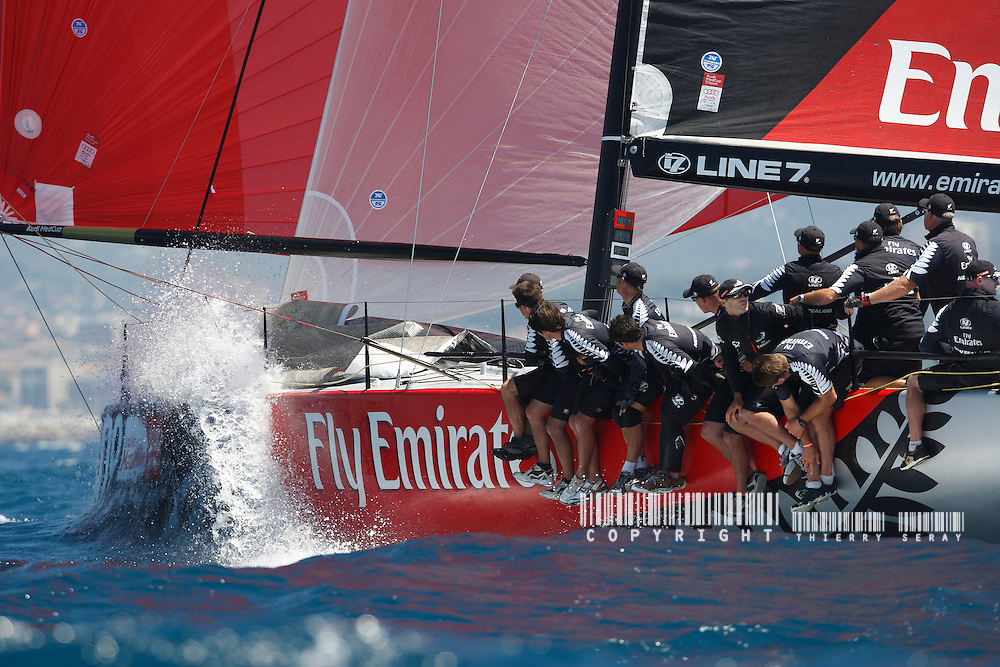 AUDI MED CUP-JUNE 2009-MARSEILLE-TP 52 SERIES-COPYRIGHT : THIERRY SERAY/DPPI.TEAM NEW ZEALAND-SKIPPER : DEAN BARKER