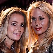 NLD/Amsterdam/20131111 - Beau Monde Awards 2013, monique Mathijssen en Ellemieke Herman - Vermolen