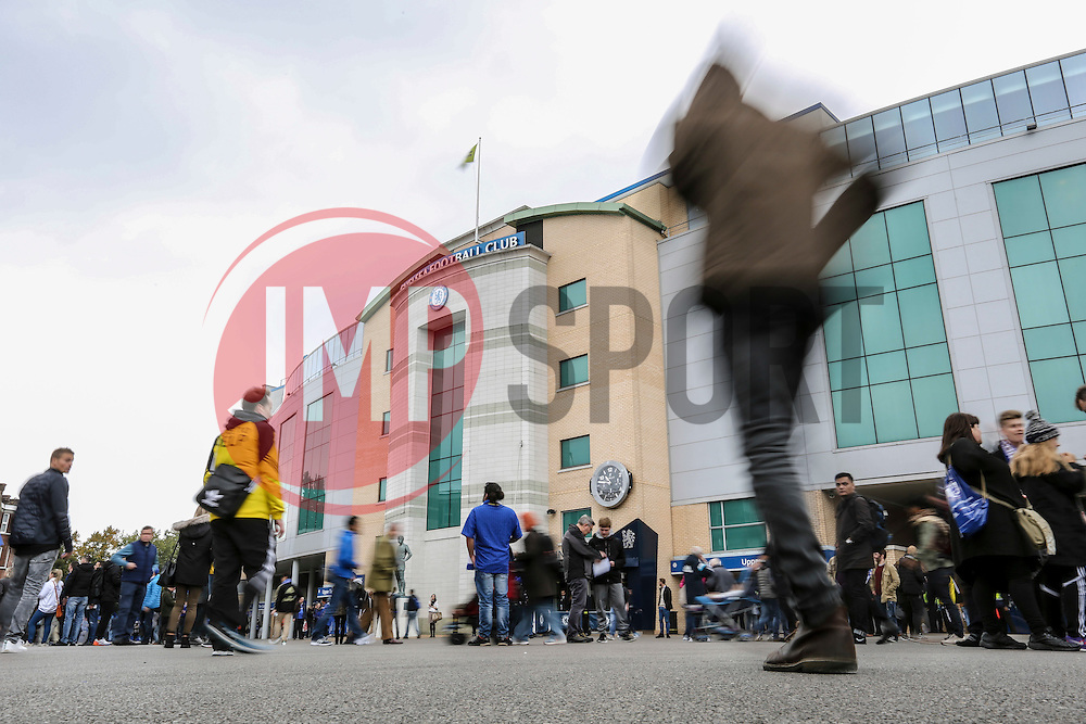Chelsea fans arrive at Stamford Bridge - Mandatory by-line: Jason Brown/JMP - 15/10/2016 - FOOTBALL - Stamford Bridge - London, England - Chelsea v Leicester City - Premier League