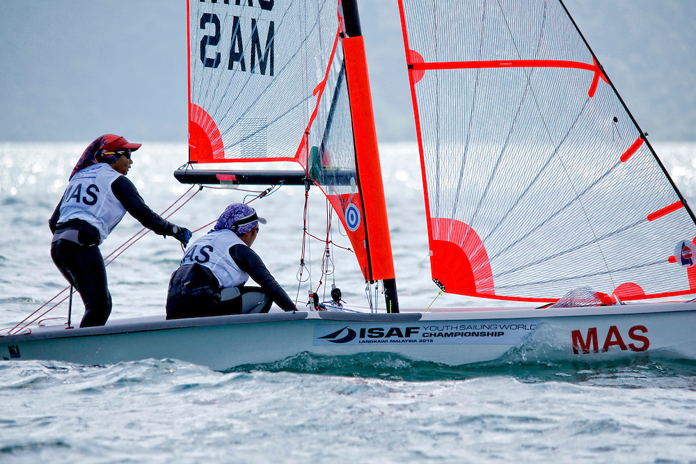 Malaysia29erWomenCrewMASNS3Natasha NabilaSawal<br />Malaysia29erWomenHelmMASSN1Nur Adriana AdlynaMohd Nazri<br />Day1, 2015 Youth Sailing World Championships,<br />Langkawi, Malaysia