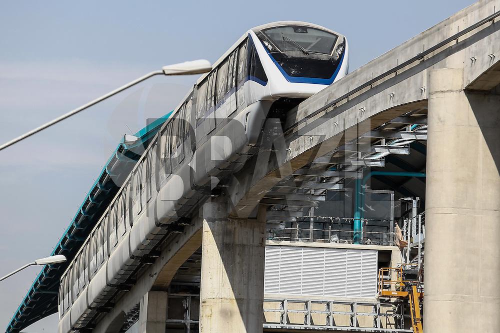 SÃO PAULO,SP,09.01.2013 - TESTE MONOTRILHO - O metro realizou teste com o monotrilho da linha 2 verde  na região da Vila Prudente na zona leste, nesta quinta-feira, 09. (Foto Ale Vianna/Brazil Photo Press).