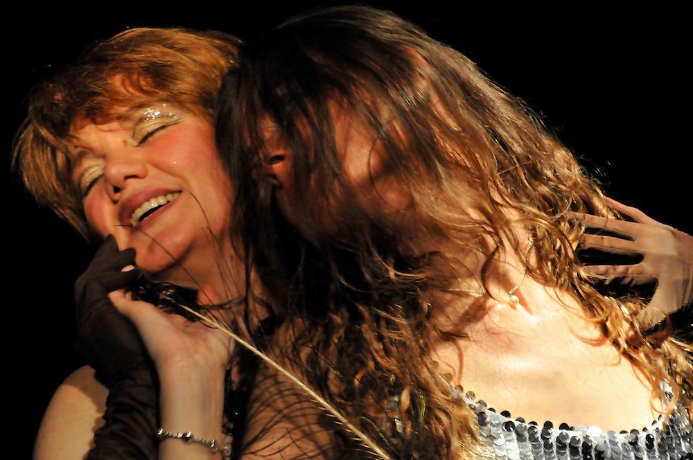Thaethre shows at Argomm Teatro, Milano