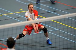 18-02-2012 VOLLEYBAL: TAUW GEMINI S - VOCASA: HILVERSUM<br /> B League heren, VoCASA wint vrij eenvoudig in Hilversum 22-25, 20-25, 22-25 / Marc Haasnoot<br /> ©2012-FotoHoogendoorn.nl