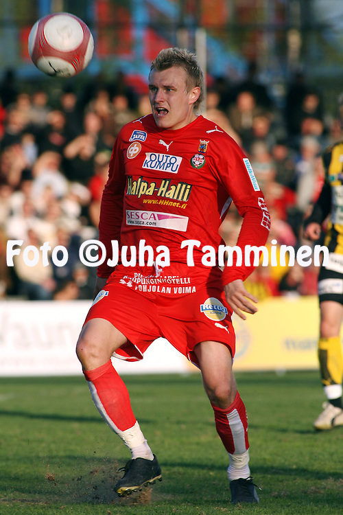 10.05.2006, Tapiolan Urheilupuisto, Espoo, Finland..Veikkausliiga 2006 - Finnish League 2006.FC Honka - FF Jaro.Mikko Paatelainen - Jaro.©Juha Tamminen.....ARK:k