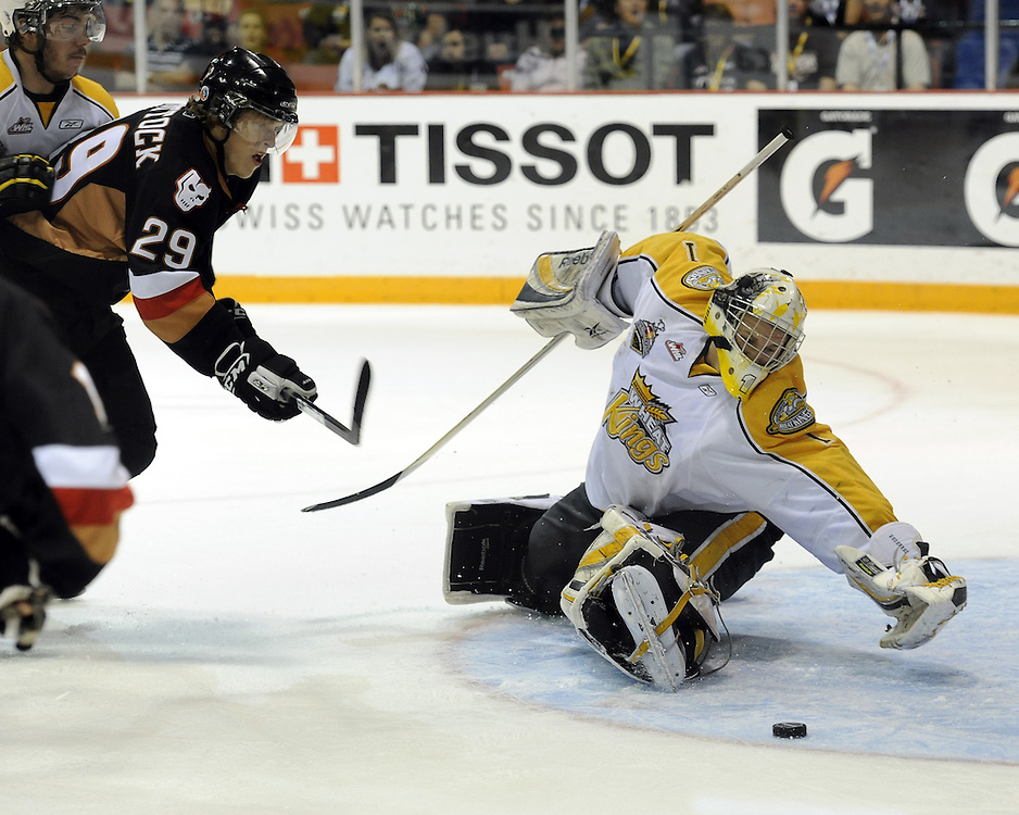 Brandon Wheat Kings' goalie Jacob De Serres reaches for a loose puck in Game 6 of the 2010 MasterCard Memorial Cup in Brandon, MB on Wednesday May 19, 2010. Photo by Aaron Bell/CHL Images