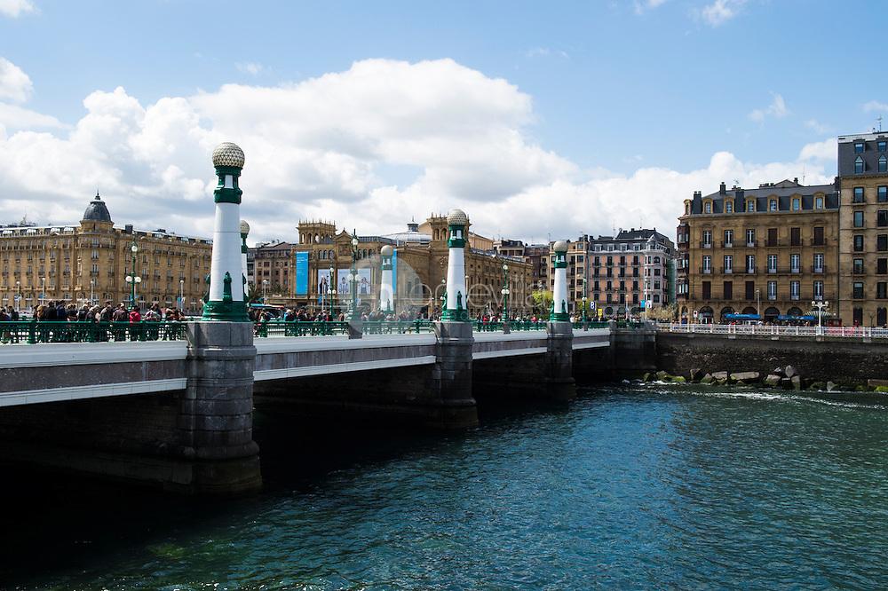 Puente de la Zurriola, San Sebastián, Guipúzcoa, 1 de mayo de 2016  ©Country Sessions / PILAR REVILLA