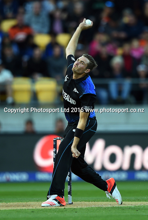Tim Southee bowling during the ICC Cricket World Cup quarter final match between New Zealand Black Caps and the West Indies, Wellington, New Zealand. Saturday 21March 2015. Copyright Photo: Andrew Cornaga / www.Photosport.co.nz